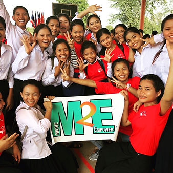 Smily Cambodian girls after M2E's class