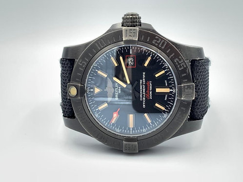 Breitling Avenger Blackbird 44mm black PVD with box & warranty paper from 2015