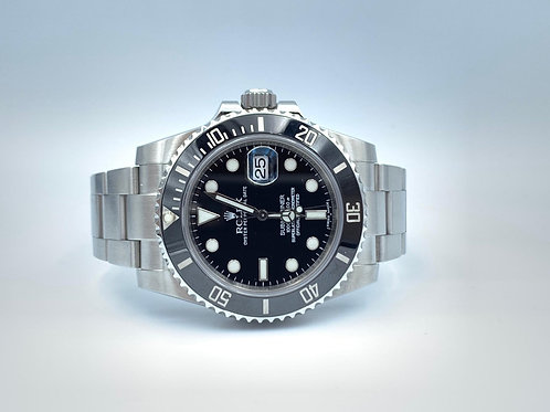 Rolex Submariner Date steel discontinued from 2012 box & papers
