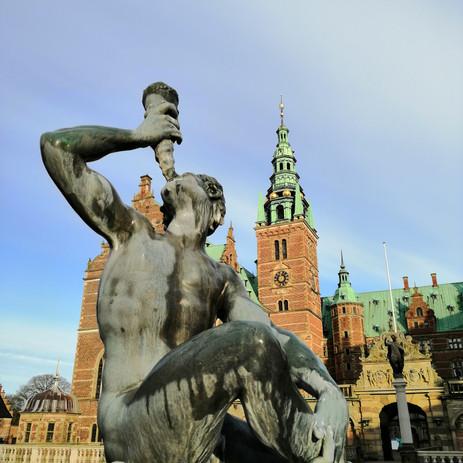 Frederiksborg + Kronborg + Transport