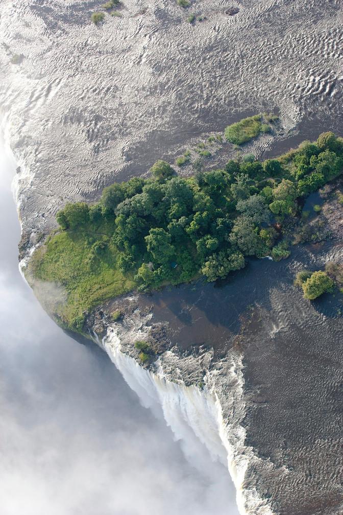 Livingstone Island Open from 1st of June