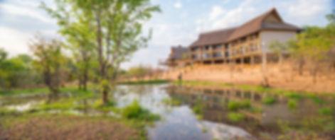 victoria_falls_safari_club_view_from_sma