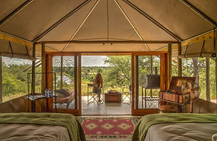 2Meno a Kwena - Twin Room with View Day.