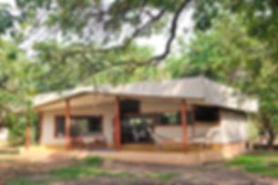 pb_safari_tent_-_external_view.jpg