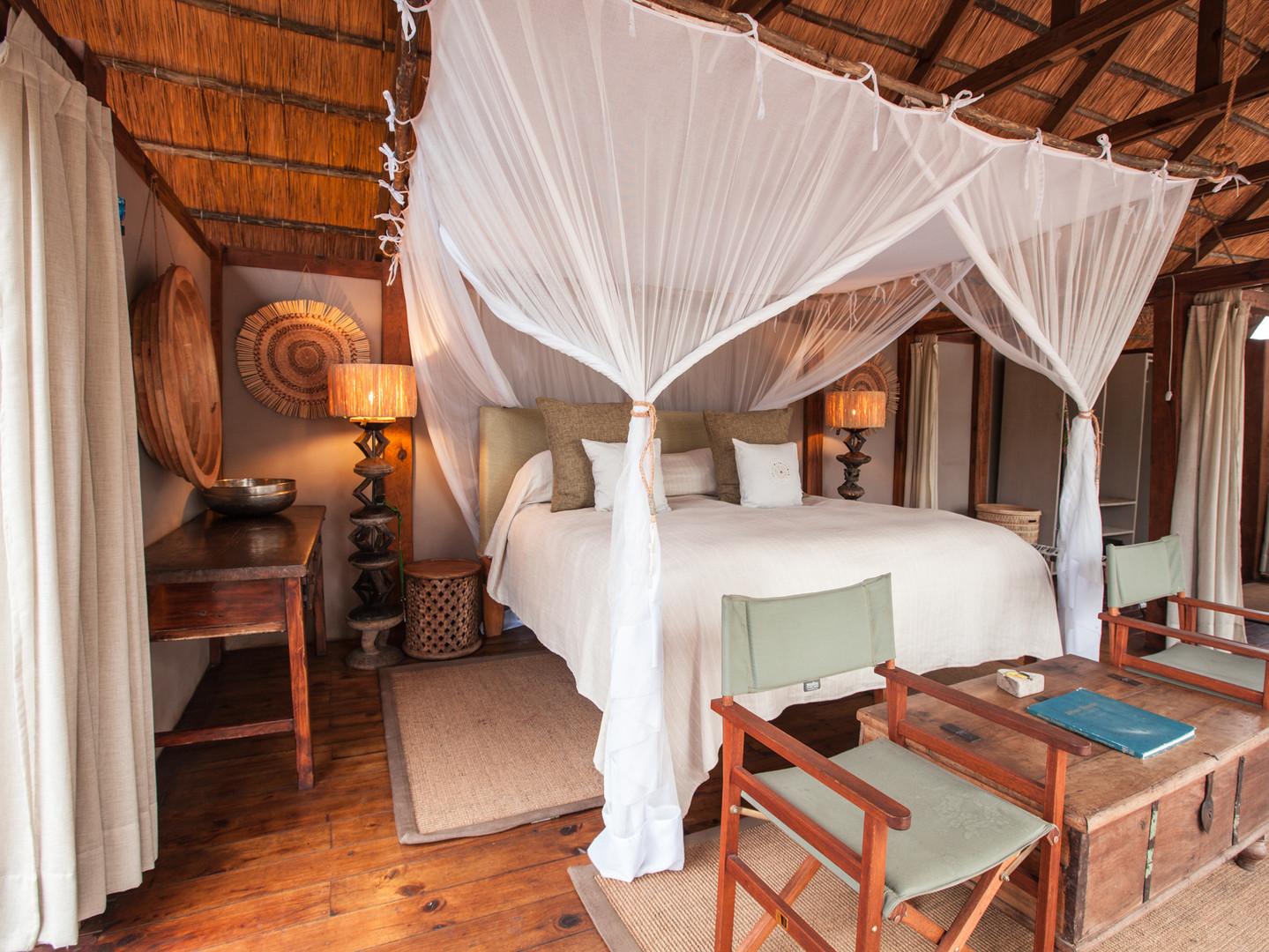 Sindabezi Island Lodge