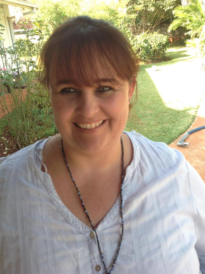 Bushtracks Best: Michelle Brett, Senior  Reservations Consultant, Zimbabwe