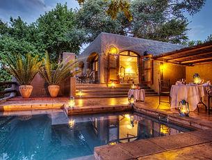 chobe-game-lodge-honeymoon-suite-private