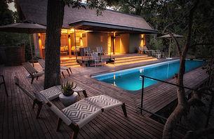 pool__lounge.jpg