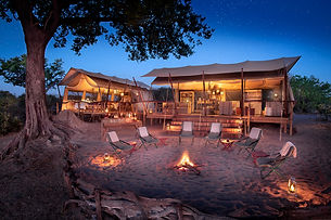 linyanti_expeditions_botswana_camp_fire_