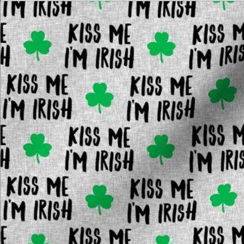 """""""Kiss Me I'm Irish"""" Reversible Over-the-Collar Bandana"""