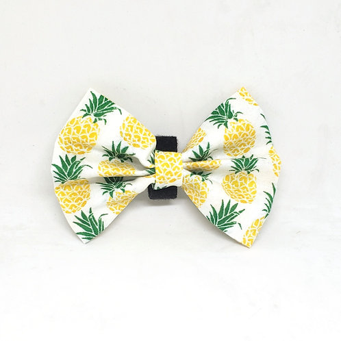 "Handmade ""La Ananas"" Bowtie"