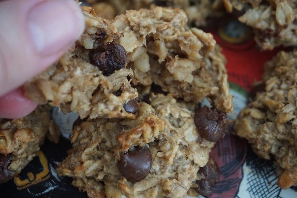Chewy, Healthy Banana Oatmeal Breakfast Cookies
