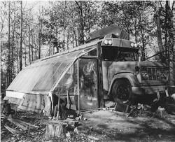 Bus-house-221