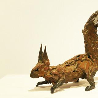 Bronze - Ecureuil en alerte