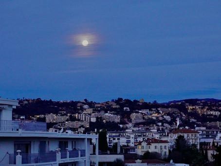 Cimiez, la Lune, Musset...
