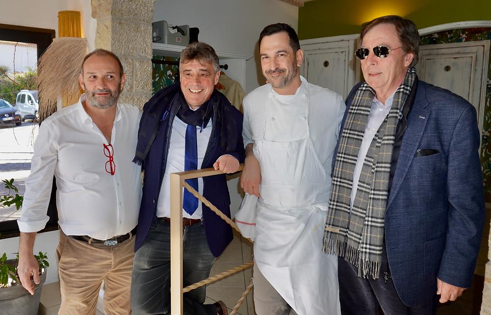 de gauche à droite, Jérôme Cervera, Georges Botella, Maire de Théoule, le Chef Jérôme Coustillas, Peter Van Santen, Président de l'Office de Tourisme. © Fabrice Roy