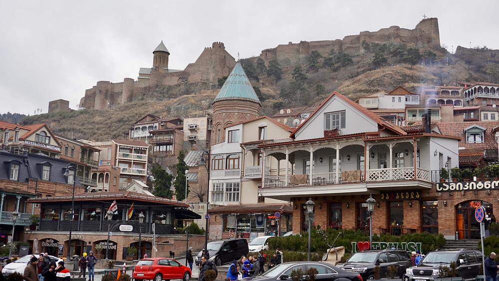La Citadelle de Narikala, qui domine Tbilissi. © Fabrice Roy