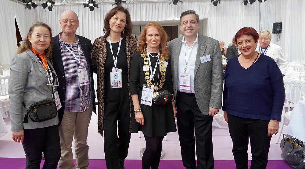 De gauche à droite, Sophie Hervouet Holt, Ralph Holt, Corinne Penaranda, Nicolle Martin, Michel Bouthiba, Liliane Cassini.  © Fabrice Roy