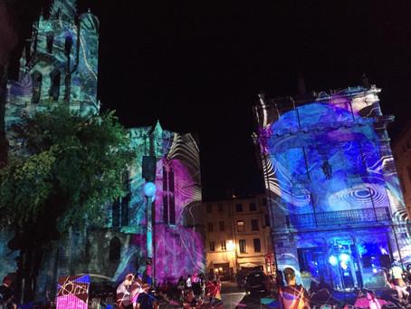 Avignon, lumière d'hier et spectacle de demain...