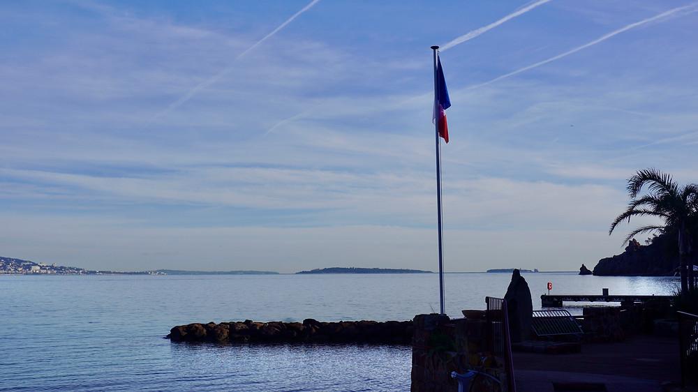 Vue depuis le port de Théoule-sur-Mer. © Fabrice Roy