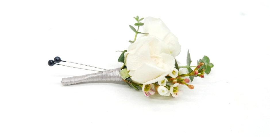 Petite Rose & Green Boutonniere