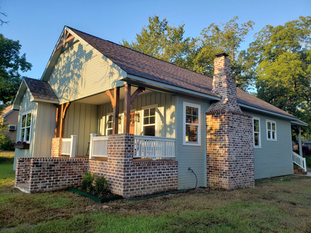 Charming Bungalow in Historic District
