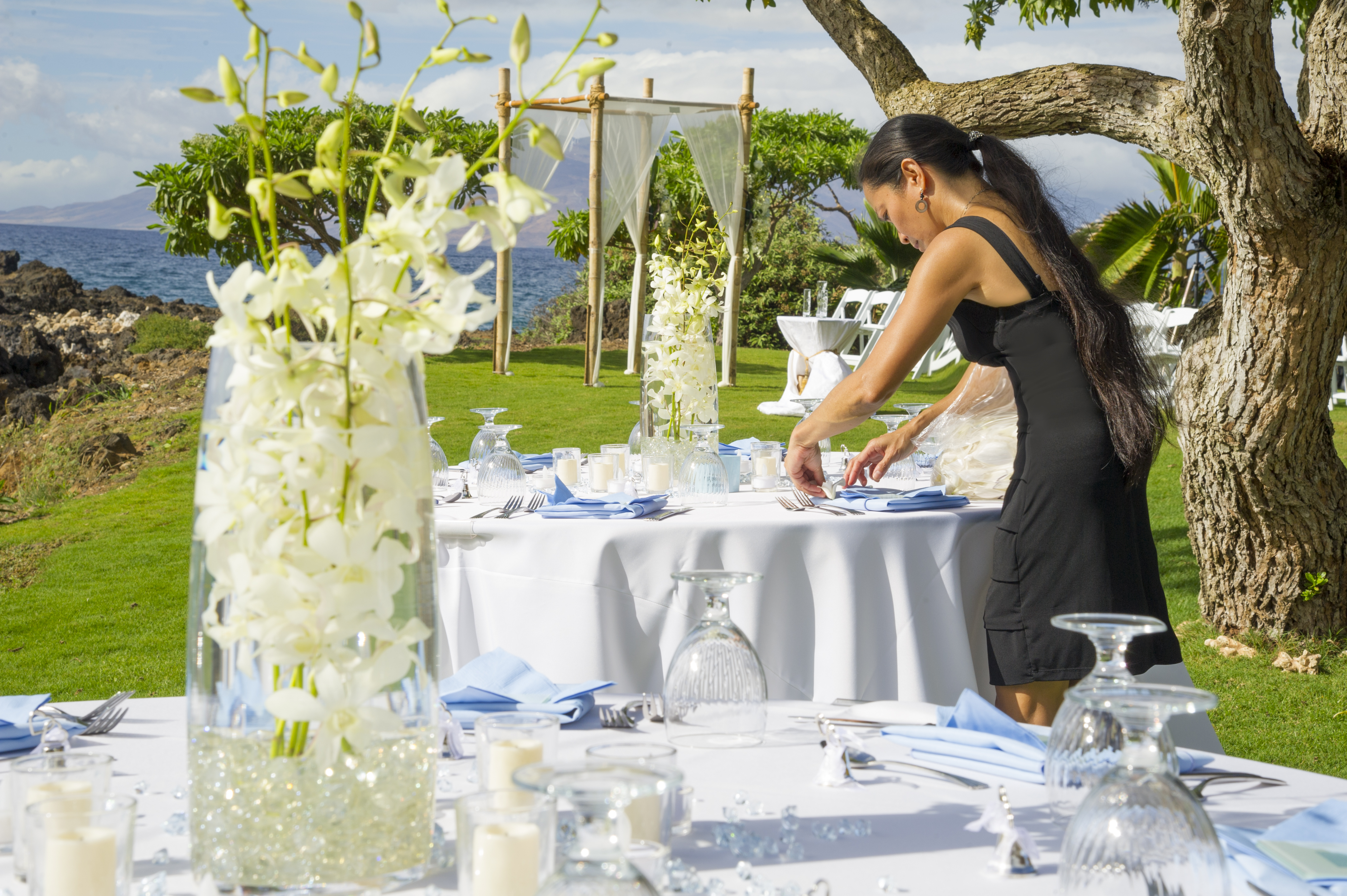 Table set-up for a Maui wedding