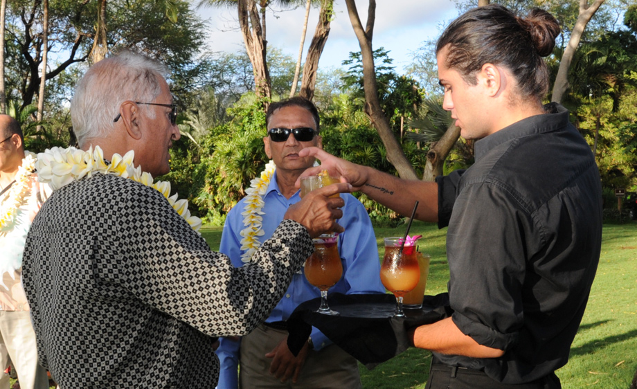 Maui, Hawaii wedding bar service
