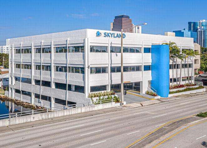 955-S-Federal-Hwy-Fort-Lauderdale-FL-Sky