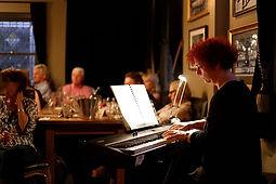 Opera in the Pub with Opera Bites - Zsuzsa Giczy