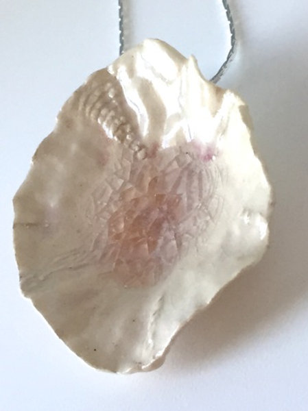 Peachy Shell Porcelain Necklace