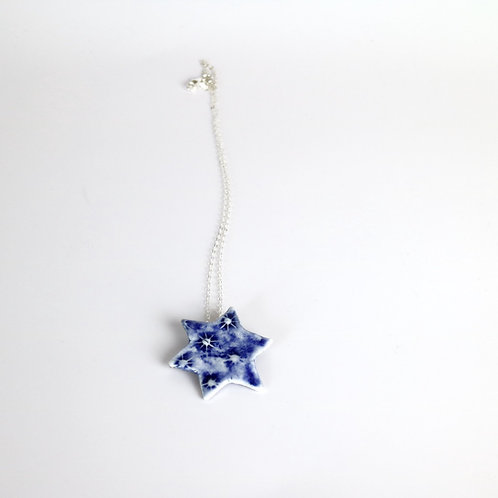 Ditzy Star Necklace