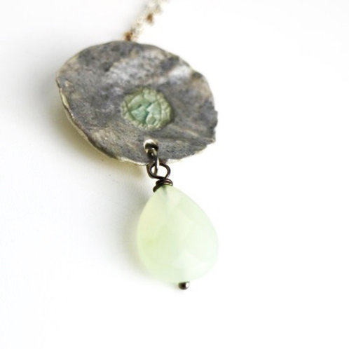 Jade Drop Silvered Ceramic Necklace