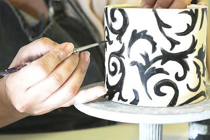 סדנאות עיטור כלים, עבודות אומנות