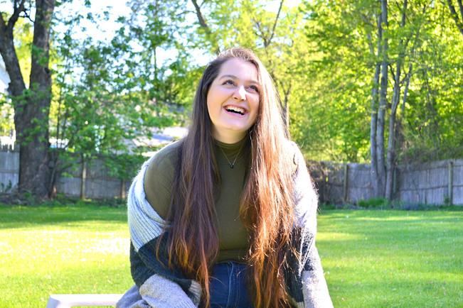 Amber Levine