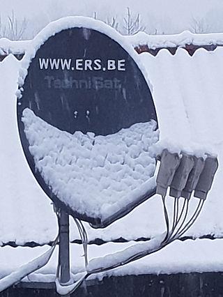 sneeuw op schotel.jpg