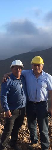 compañeros mineros en san juan o neuquen, patagonia
