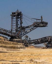 open-pit-mining-3563130_1920.jpg