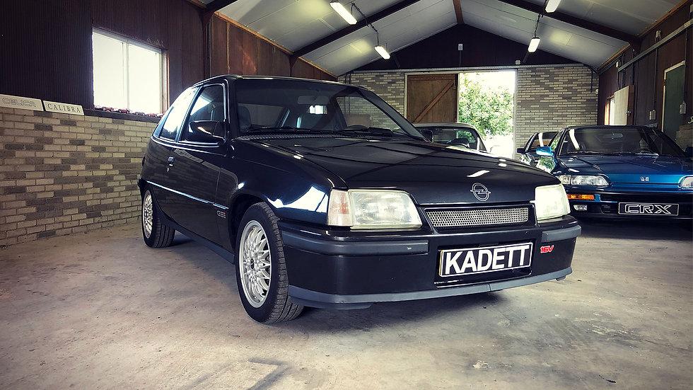 Opel Kadett 2.0 GSI 16V (20XE)
