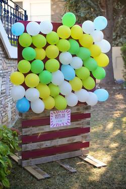 Location stand crève ballons