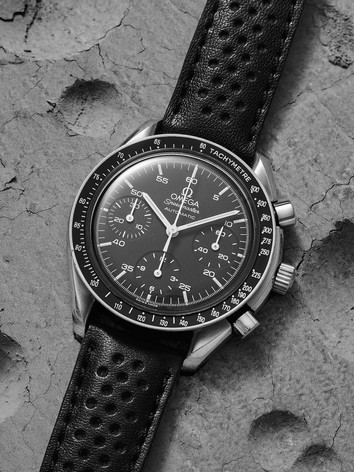 watch1573.jpg