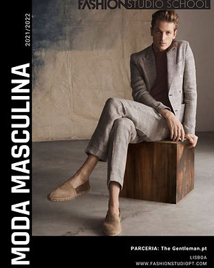 Capa de Revista a Claro Retro com Cabelo Cor de rosa.jpg