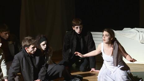 Opera Pramen Premiere