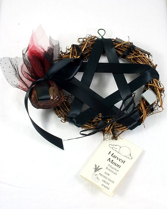 Harvest Moon Pentacle Sm. Wreath:Protection Shield