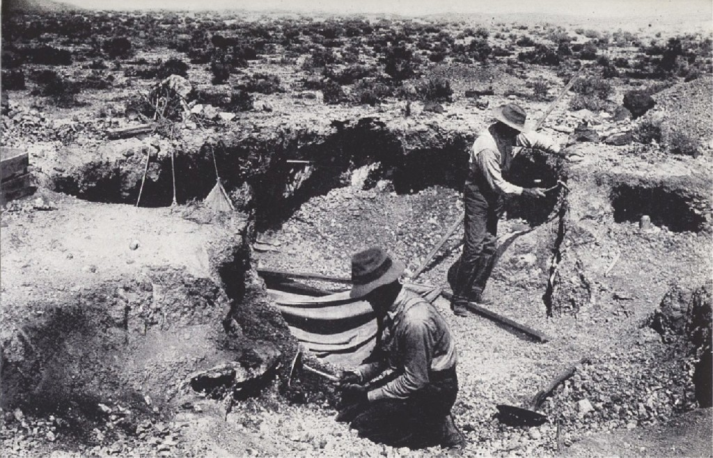 An early opal dig in 1913 at Rainbow