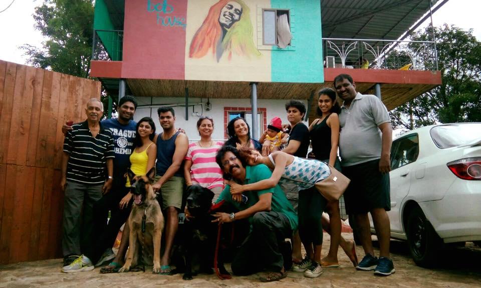 The Bob House, Happy Family