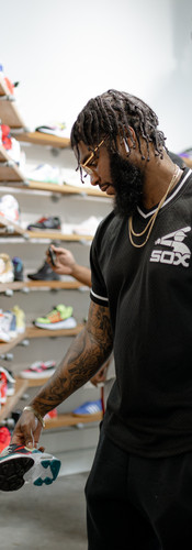 BIG K.R.I.T. / Looking for comfortable kicks for the road in New Orleans.