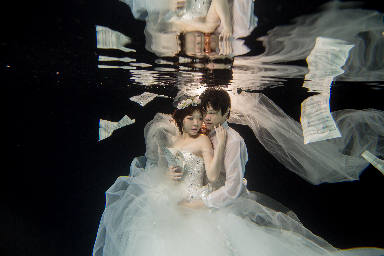 水中婚紗 (12)