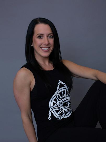 Kristin White, Spin