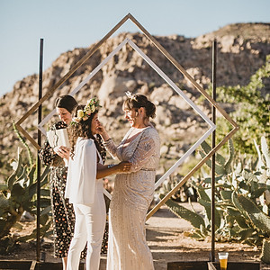 Kelly & Tere - Pipes Canyon Lodge